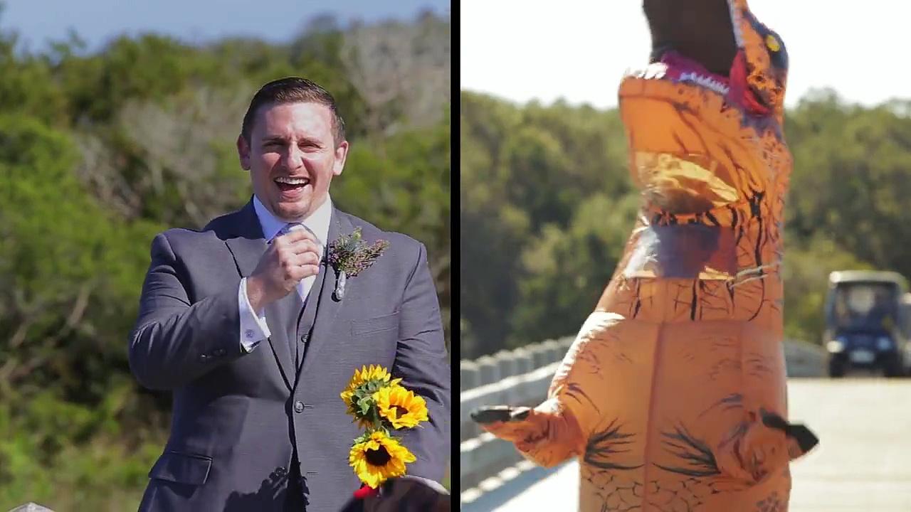 Para surpreender o seu noivo esta mulher veste-se de t-rex no seu casamento