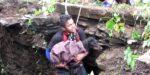 Quando esta cadelinha percebeu que ia ser salva do poço teve esta reacção